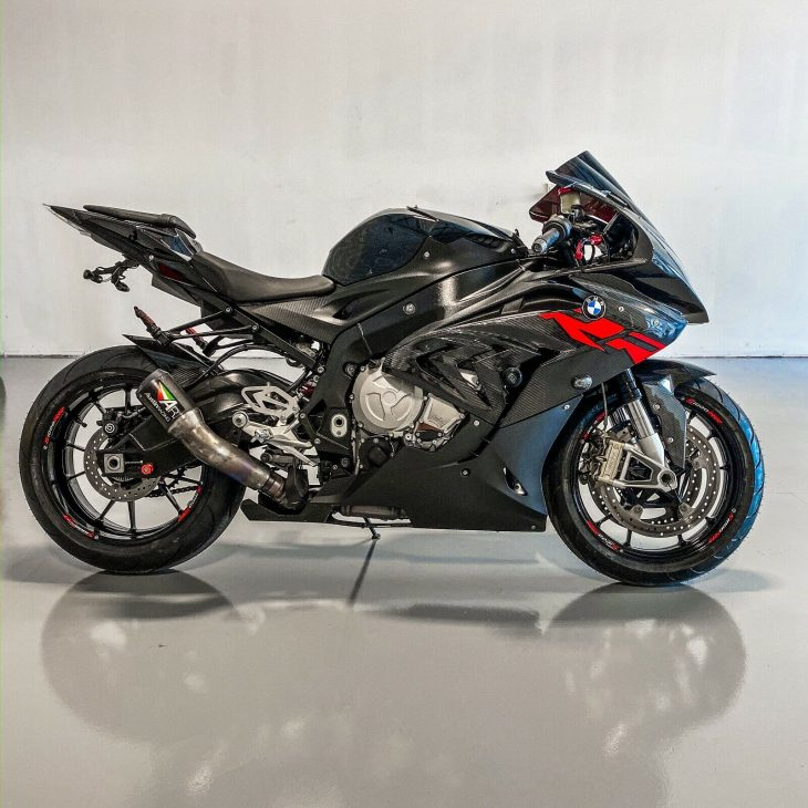 Carbon fiber all the things! 2015 BMW S1000RR