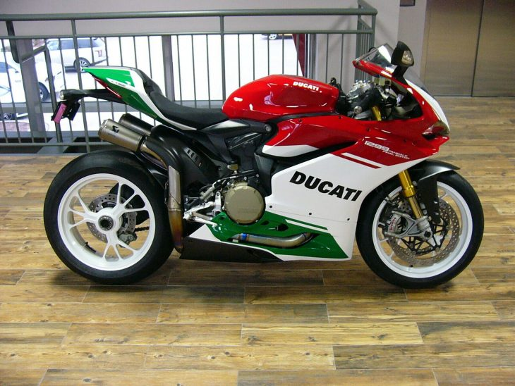 Just in time for Festivus: Two 2018 Ducati 1299 Panigale R Final Editions!