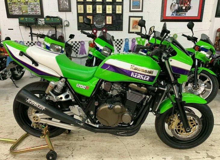 Featured Listing: 2002 Kawasaki ZRX1200R