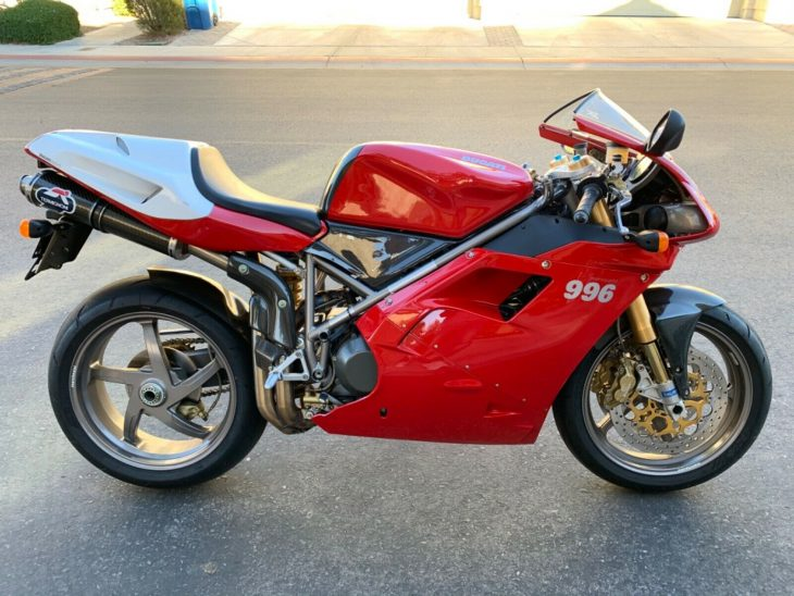 Can't Ride 55 – 2000 Ducati 996 SPS