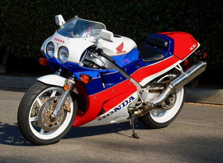 Sex and the Single Owner – 1990 Honda VFR750R / RC30