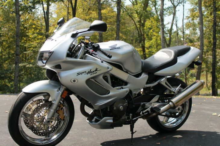 Affordable Twin: 1998 Honda VTR1000F Super Hawk for Sale
