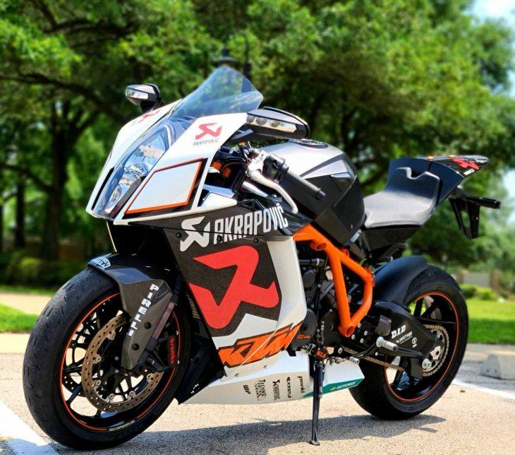 Skorpion's Sting: 2010 KTM RC8R Akrapovič Edition for Sale