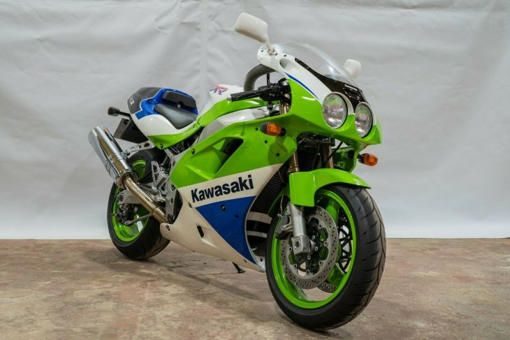 Featured Listing: 1991 Kawasaki ZXR750R for Sale