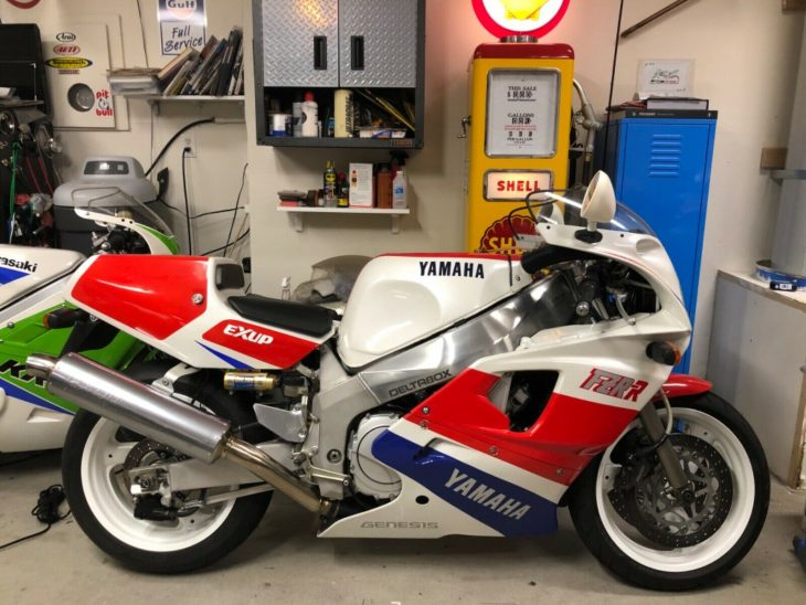 Uncompromised – 1989 Yamaha FZR-750R – OW01 with 2,900 Miles !