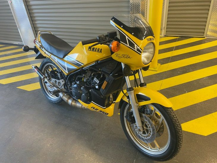 Out in the Yellow Paint – 1985 Yamaha RZ350
