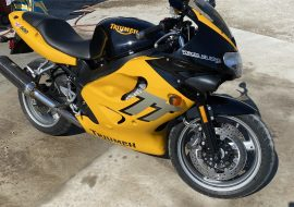 Featured Listing: 2000 Triumph TT600