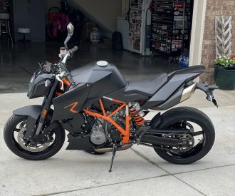 Featured Listing – 2008 KTM 990R Super Duke with 3,893 Miles !