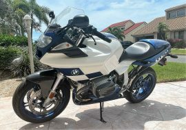 Featured Listing – 2004 BMW R1100S Boxer Cup Replika